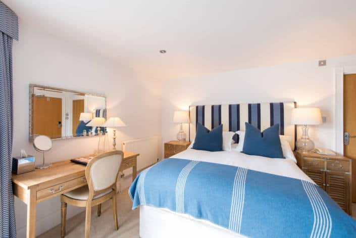 Hotel Rooms in Fowey - Accommodation Superior Room Bed